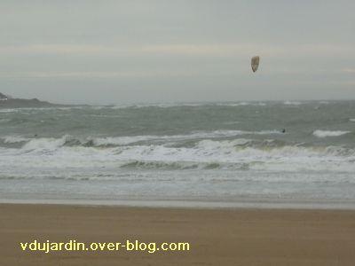 Les Sables-d'Olonne, 13-14 novembre 2010, 3, la plage et les surfers
