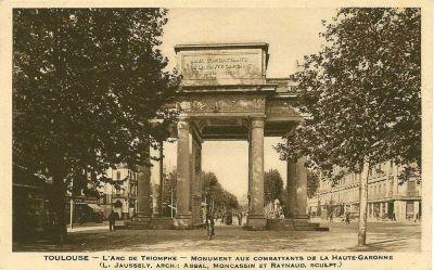 Toulouse, le monument morts de Haute-Garonne, carte postale ancienne, vue frontale