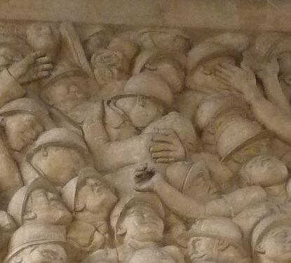 Toulouse, le monument morts de Haute-Garonne, Raynaud, 1918, détail, couple enlacé