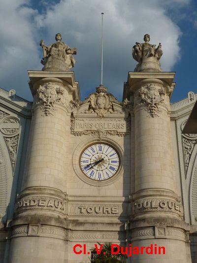 Tours, la gare, partie centrale de la façade, 1, vue générale