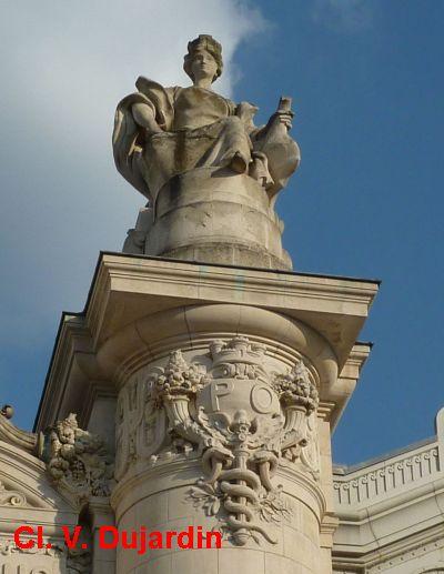 Tours, la gare, partie centrale de la façade, 7, Toulouse de face