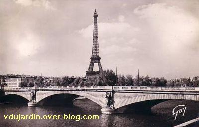 Paris, le Pont de l'Alma, carte postale ancienne, 2, le pont côté amont dans les années 1950