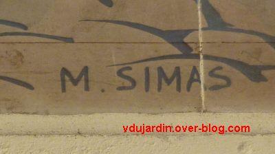 Tours, la gare, l'intérieur, 34, Fontarabie, signature Simas