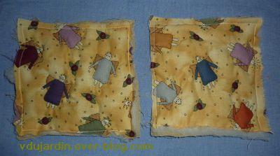 Noël 2010 pour Petite Fée Nougat, les deux carrés matelassés