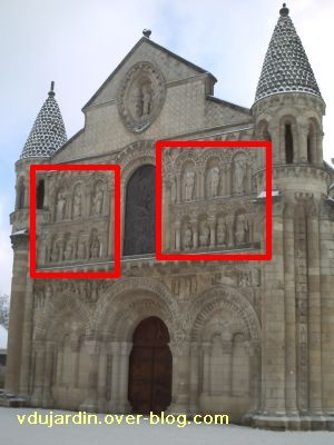Poitiers, façade de Notre-Dame-la-Grande, les apôtres, 1, position sur la façade