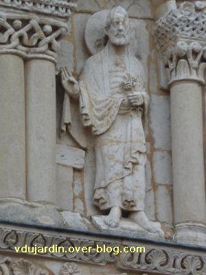 Poitiers, façade de Notre-Dame-la-Grande, les apôtres, 6, saint Pierre