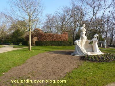 Le 29 janvier 2011 à Poitiers, 5, dans le jardin anglais du parc de Blossac