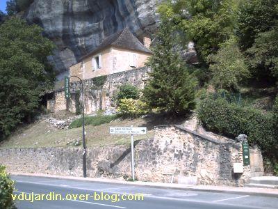 Les Eyzies-de-Tayac-Sireuil, entrée de l'abri Pataud