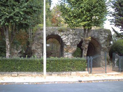 L'amphithéâtre de Périgueux, à l'extérieur