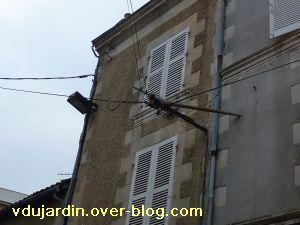 Poitiers, 5 février 2011, lampadaire 1, rue Saint-Hilaire