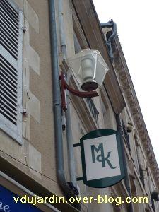 Poitiers, 5 février 2011, lampadaire 5, rue des grandes écoles