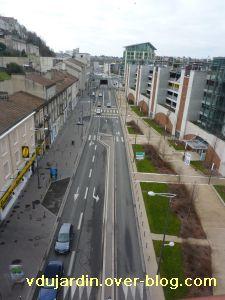 Poitiers, 5 février 2011, lampadaire 8, depuis la grande passerelle de la gare