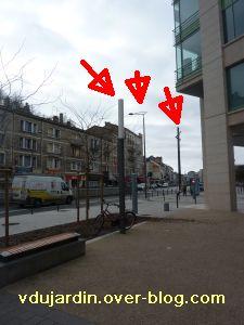 Poitiers, 5 février 2011, lampadaire 9, à la gare