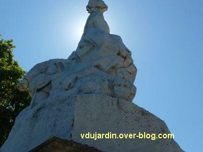 Tours, le monument aux morts de 1870, vue 6, de dos
