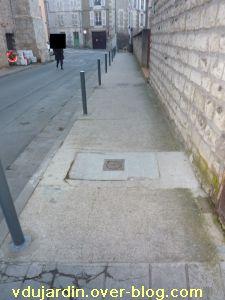 Poitiers, 18 février 2011, trottoir, 14, rue Saint-Hilaire