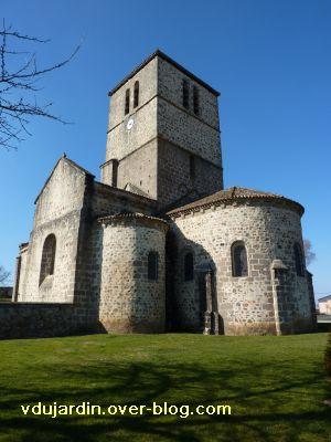 Confolens, l'église Saint-Barthélemy, 4, le chevet vu du sud-est