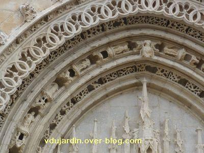 Poitiers, portail de Sainte-Radegonde, rouleau central, 4