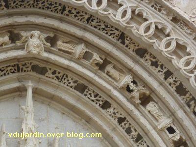 Poitiers, portail de Sainte-Radegonde, rouleau central, 5