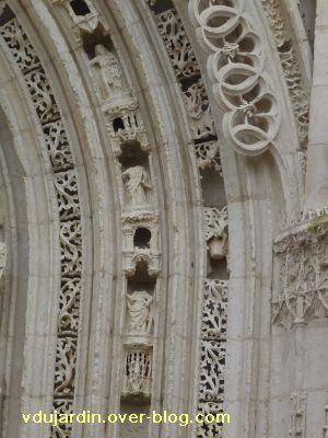 Poitiers, portail de Sainte-Radegonde, rouleau central, 7