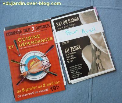 Envoi reçu de Capucine O, cartes à publicité, avril 2011, 1