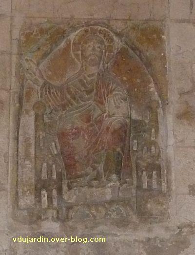 Poitiers, relief sous le clocher de Sainte-Radegonde : le Christ