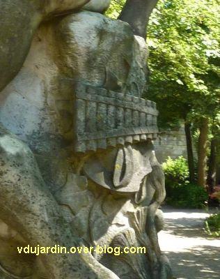 Tours, le monument à Rude par Becquet, 6, détail de la flûte de pan