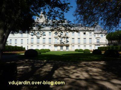 Tours, le musée des Beaux-Arts, la façade sur cour