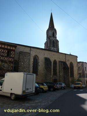 Confolens, l'église Saint-Maxime, 3, le côté nord