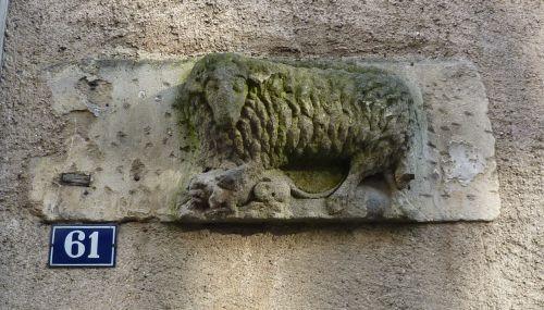 L'enseigne au mouton, 61 rue Carnot à Poitiers
