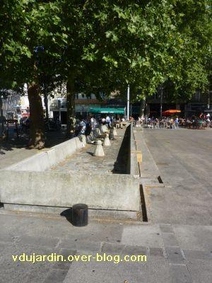 Poitiers, fontaines, 13 mai 2011, 3, place du marché