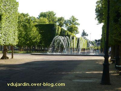 Poitiers, fontaines, 13 mai 2011, 8, jet d'eau de Blossac