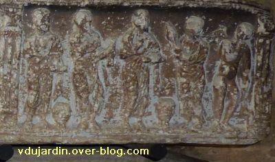 Toulouse, le sarcophage dans l'église Saint-Sernin, 09, la partie droite du couvercle