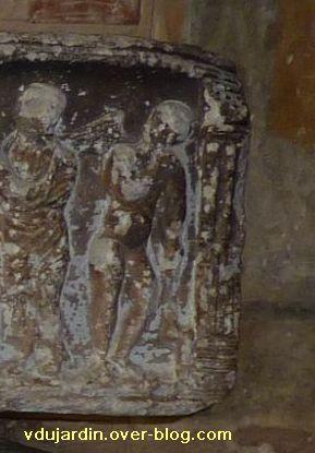 Toulouse, le sarcophage dans l'église Saint-Sernin, 10, le génie à droite du couvercle