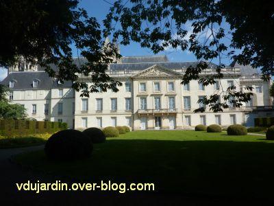 Tours, la façade sur cour du musée des Beaux-Arts pendant l'exposition Richelieu