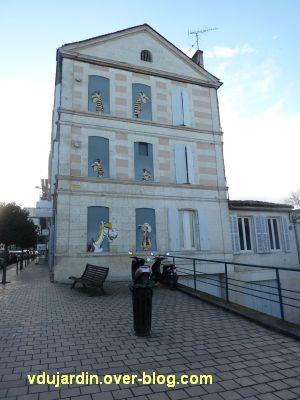 Angoulême, le mur peint de Morris, 1, vue générale