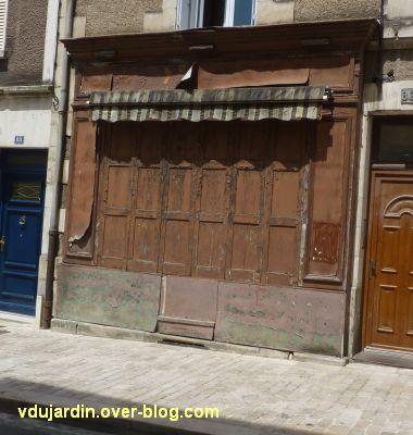 Défi photo, du bois, Poitiers, 1, devanture rue de la Tranchée
