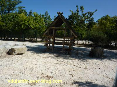 Défi photo, du bois, La Rochelle, 4, la maison des chèvres au jardin botanique
