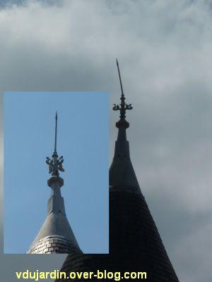 Poitiers, des girouettes, 12, le paratonnerre vers la rue de Puygarreau de l'hôtel de Beaucé
