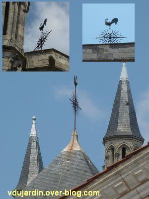 Poitiers, des girouettes, 20, sur la tour sud de la cathédrale