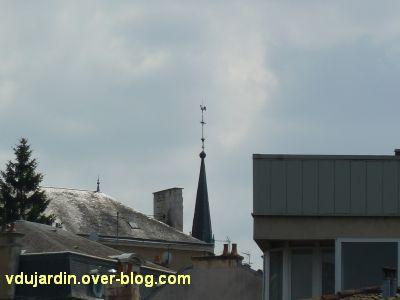 Poitiers, des girouettes, 22, chapelle des Jésuites vue de loin