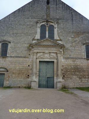 Poitiers, façade de Saint-Jean-de-Montierneuf, 1, vue générale
