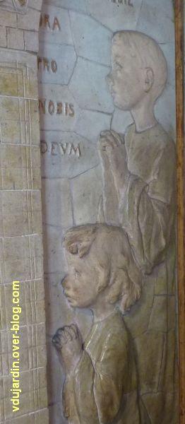 Tours, dans la basilique, la messe de St Martin par Alaphilippe, 06, détail des enfants, citation