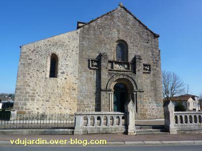 Confolens, l'église Saint-Barthélemy, 1, la façade