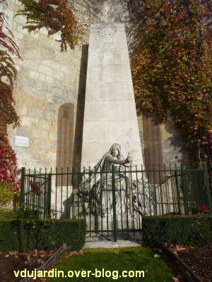 Le monument aux mobiles de la Charente à Angoulême, 1, vue générale