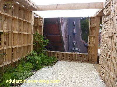 Chaumont-sur-Loire, festival 2011, le jardin 16, 2, une vue sur la ville