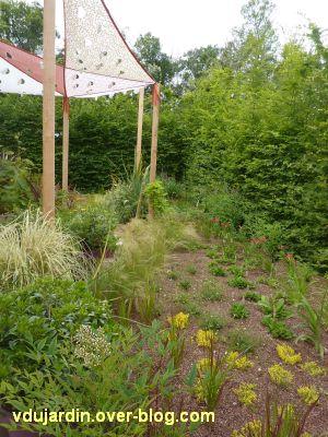 Chaumont-sur-Loire, festival 2011, le jardin 14, 5, sur les côtés