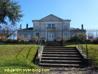 Le palais de justice de Confolens, la façade