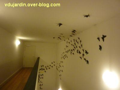 Poitiers, le théâtre et auditorium,8, une envolée de papillons dans un escalier