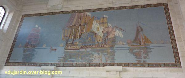 La gare de La Rochelle, 06, le panneau de mosaïque avec les bateaux