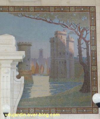 La gare de La Rochelle, 15, la mosaïque avec les tours de la Chaîne et Saint-Nicolas